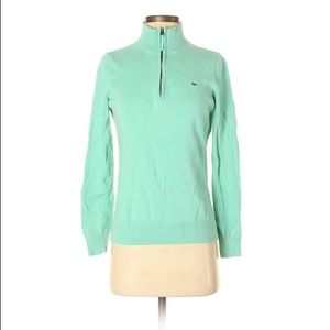 Vineyard vines pull over sweater - small